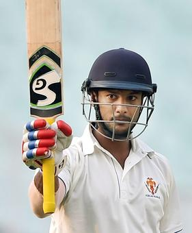 Ranji roundup: Karnataka in control against Mumbai; Bengal on top