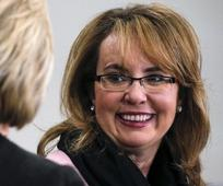 Gabrielle Giffords Hoax: She's Not Being Sued by Shooter