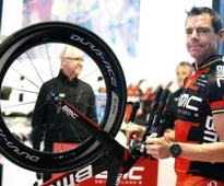Evans not giving up on Giro dream
