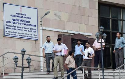 SC bars govt from taking action against ED officer probing 2G scam