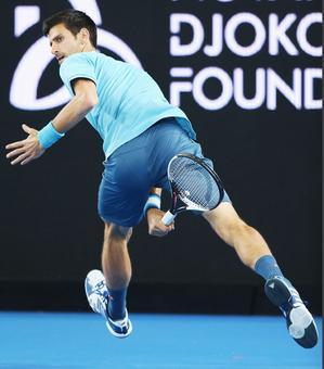 Djokovic faces huge test as he opens Australian Open defence