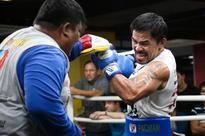 Pacquiao spars with taller former Olympian