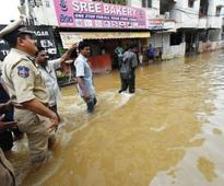 Army, NDRF start  relief work as rain  batters Hyderabad