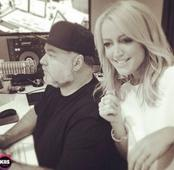 Kyle & Jackie O sign new $40 million deal with KIIS