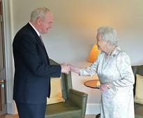 'I'm still alive' jokes Queen Elizabeth on N. Ireland visit