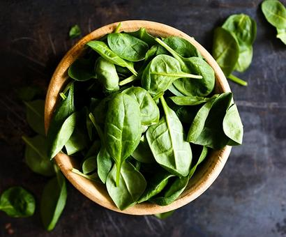 Spinach, wine can reduce the risk of dementia