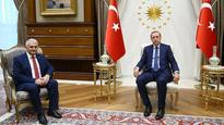 AK Party chairman meets Erdogan to submit cabinet list