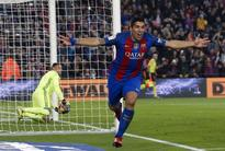 Suarez to be offered new contract, says Barca president