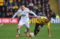 Leeds complete signings of former England goalkeeper Robert Green and Swansea midfielder Matt Grimes