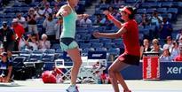 Mirza-Hingis storm into Australian Open semis