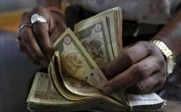 Increasing Demand of Dollar Pushes Rupee Down by 8 Paise in Early Trade