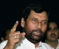 Paswan criticises RSS over reservation remarks