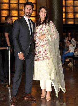 Mommy-to-be Genelia D'souza, Mira Kapoor, Blake Lively's fashionable pictures