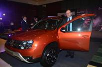 Kolkata: Renault launches all new Duster AMT