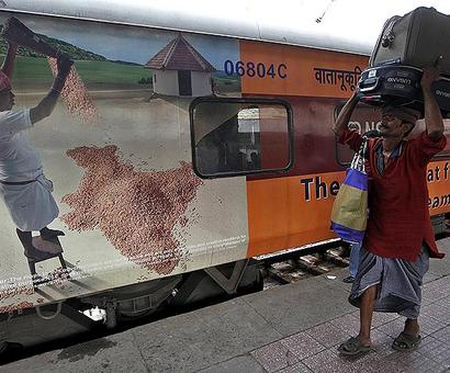 After passenger cover, railways plans baggage insurance