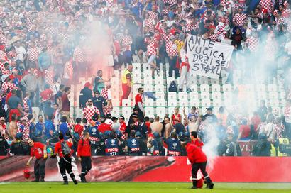 Euro: Croatia gets suspended ticket ban, fine for crowd trouble