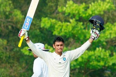 Ranji: Delhi made to chase leather as Ishan ton takes Jharkhand to 359/6