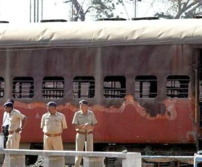 2000 Sabarmati Express blast case: Court acquits ex-AMU scholar