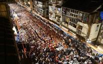 Shiv Sena sounds BMC poll bugle from Mumbai's Girgaon, attacks Fadnavis and Centre