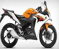 Honda CBR250R, CBR150R Sales Temporarily Halted