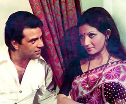 Quiz: Chupke Chupke is a remake of which Bengali film?