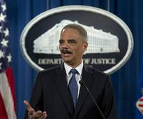 California hires ex-AG Holder to fight Trump