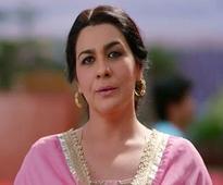 Amrita Singh walks out of Arjun Kapoor's 'Mubarakan', replaced by Rathna Pathak Shah