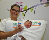 Baby delivered in Ness Ziona shopping center clinic by ophthalmologist