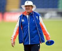 Bayliss still wary of Proteas