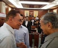 Anwar: I am touched by Dr Mahathir's support