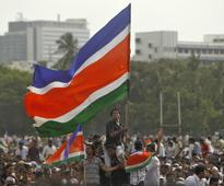 MNS workers target shops in Mumbai, ask owners to remove Gujarati signboards