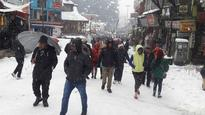 Heavy snowfall in Himachal to Kashmir, rain in plains bring relief, disruption in north India