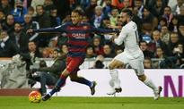 Barcelona: Javier Mascherano urges Neymar to snub Manchester United and win Ballon d'Or at Nou Camp