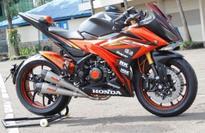Ciamik! Honda CBR150R Dimodifikasi Japanese Style