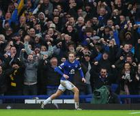 Tom Davies: The old-school midfielder leading...