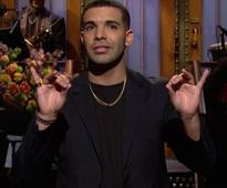 Drake hosts SNL  I just want to scream that Im more than a meme