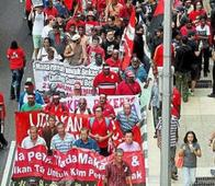 Hundreds attend KL May Day rally