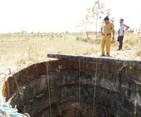 7-yr-old stuck in borewell for over 12 hours...