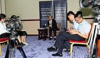 Assistant Foreign Minister Li Huilai Holds Briefing at Press Center of Chinese Delegation
