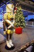 Bahamian Christmas Village and Pompey Wonderland
