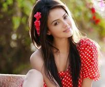 Sana Khan refuses to get intimate with several actors for a song