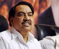 BJP leader Eknath Khadse praises Maharashtra govt; predicts early elections in state