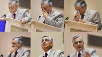 CJI TS Thakur breaks into tears over government inaction on vacancies