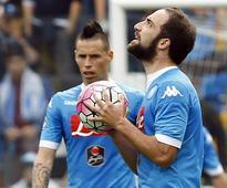 Livid Higuain sent off as Napoli lose at Udinese