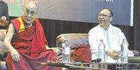 Dalai Lama wins heart with unity, nonviolence call