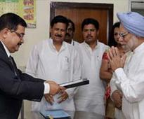 Prime Minister Manmohan Singh files fresh affidavit to end confusion over his age