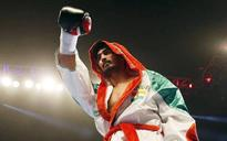 Boxer Amir Khan warns Vijender: Be careful what you wish for kid!