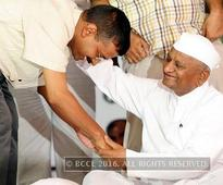 Arvind Kejriwal snubs Anna Hazare biopic makers