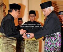 Abang Johari Kepala Menteri Sarawak Ke-6