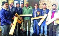 Excise Deptt foils bid to smuggle willow clefts